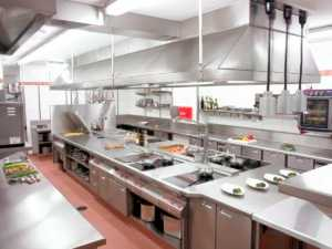 установка вентиляции в кухне